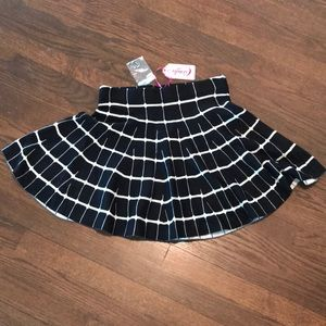 NWT Candies Black and White Skirt